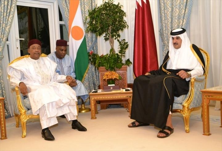 Visite officielle du pr sident de la r publique doha au for Diwan amiri qatar